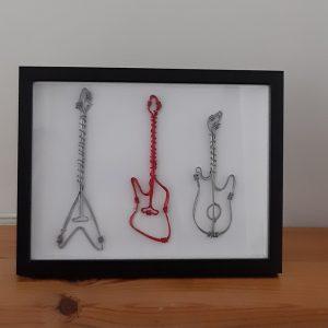 3 גיטרות