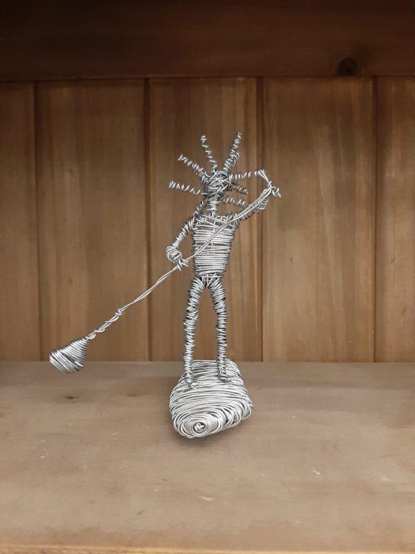דמות מחוט ברזל - גולש סאפ